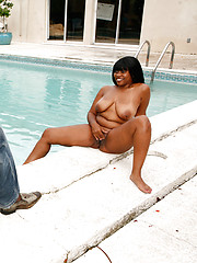 Busty ebony mom Darlin Nikki rides many things