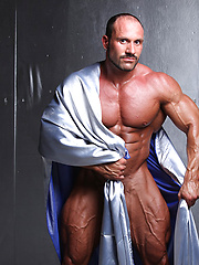 Fantasy bald muscle daddy Hans Hoffmann