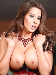Sexy brunette Madison Ivy strips from her sexy bra and panties showing her naked aweosomeness.