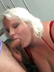 The photographer is seduced by the blonde BBW and their sex is steaming hot stuff