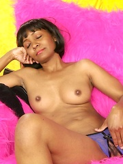 Look at this hot ebony mature