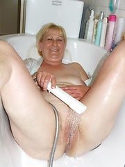 White-haired slut playing in bathroom