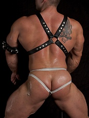 Massive muscle stud Rocky in a hot leather set.
